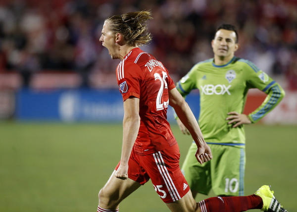 LAFC's first trade nets defender Walker Zimmerman from FC Dallas