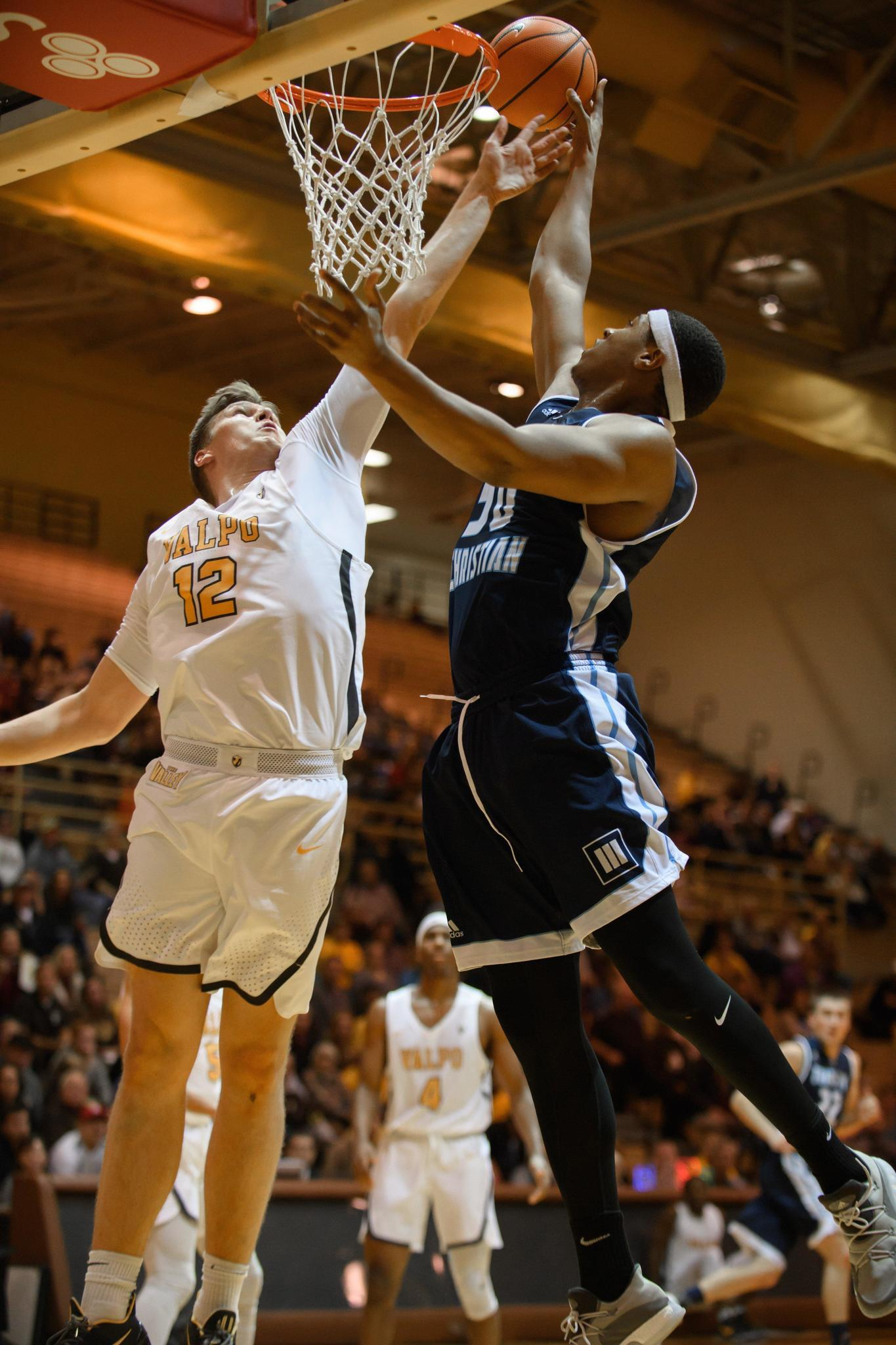 Ct-sta-local-college-basketball-notes-st-1211-20171210