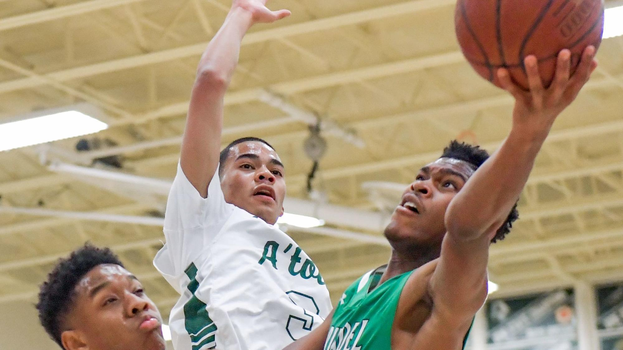 Boys basketball roundup: Leal drops 29 in South River win ...