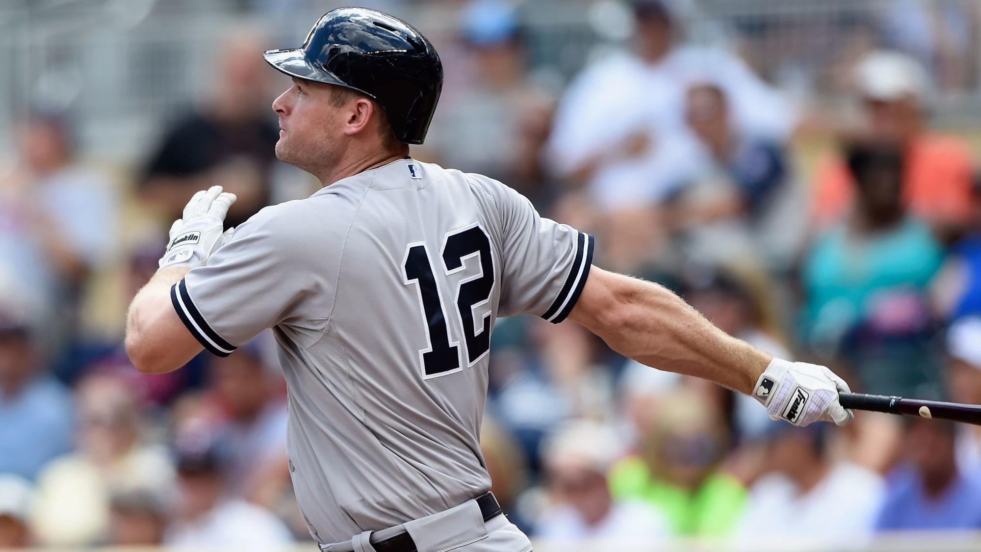 Sd-sp-padres-reacquire-headley-mitchell-yankees-blash20171212