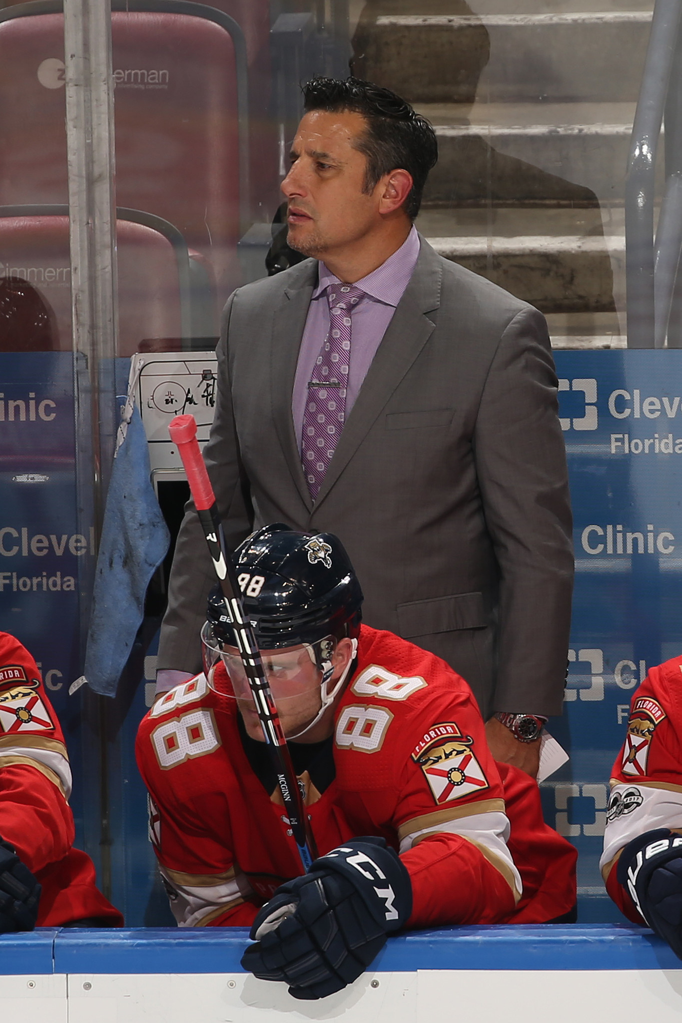 Sfl-bob-boughner-proud-panthers-effort-in-ot-loss-to-chicago-20171212