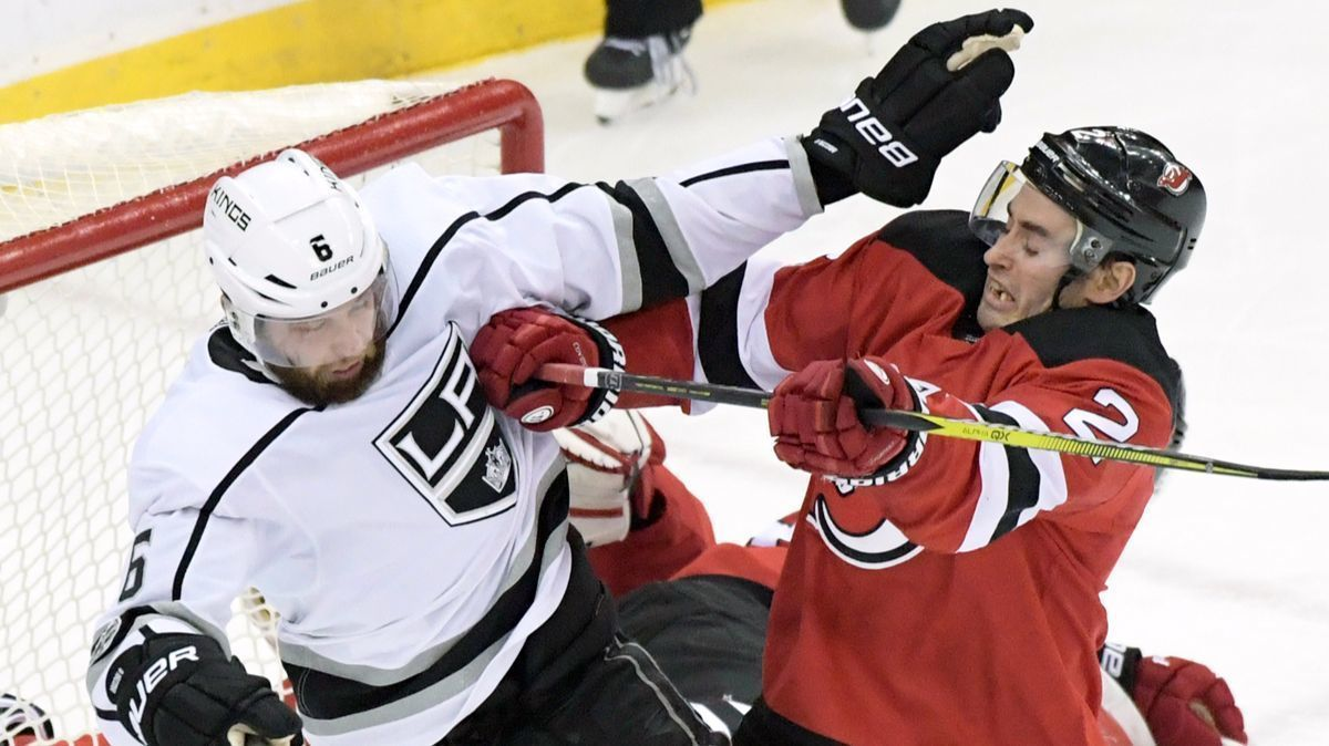 Kings' eight-game win streak snapped in loss at New Jersey