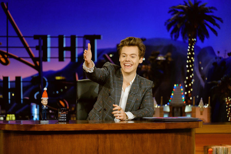Harry Styles emergency hosts 'Late Late Show' when James Corden's wife gives birth
