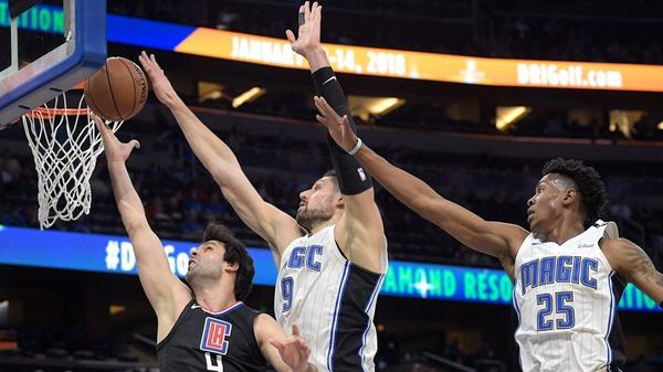 Lou Williams, DeAndre Jordan lead Clippers over Magic 106-95