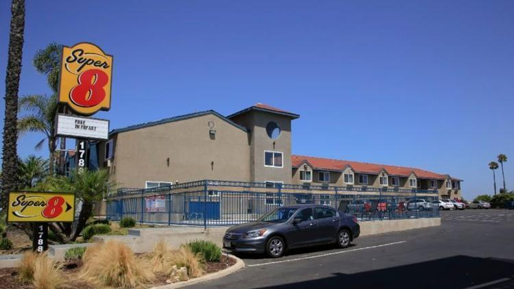 south bay halfway house opponents sue san diego to block. Black Bedroom Furniture Sets. Home Design Ideas