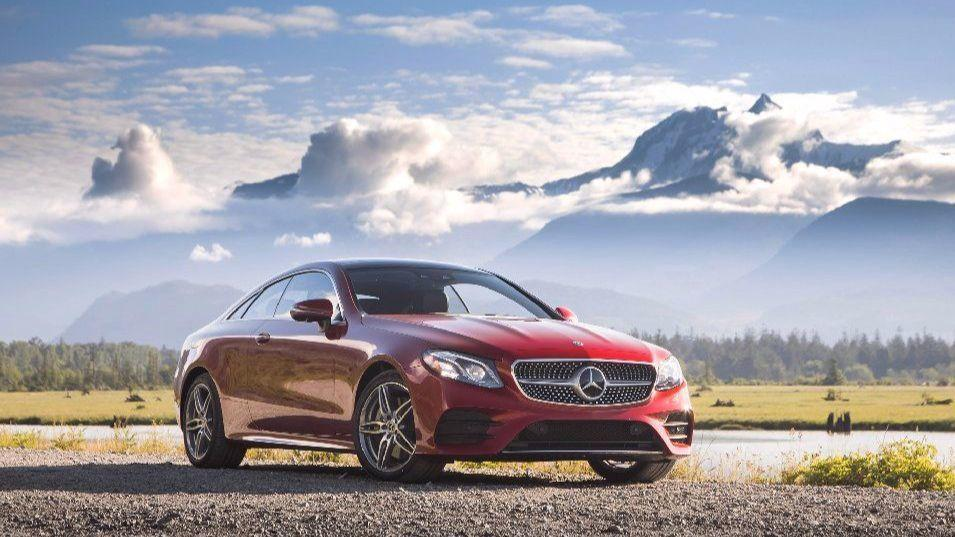 2018 mercedes benz e400 takes the lead in luxury coupes. Black Bedroom Furniture Sets. Home Design Ideas