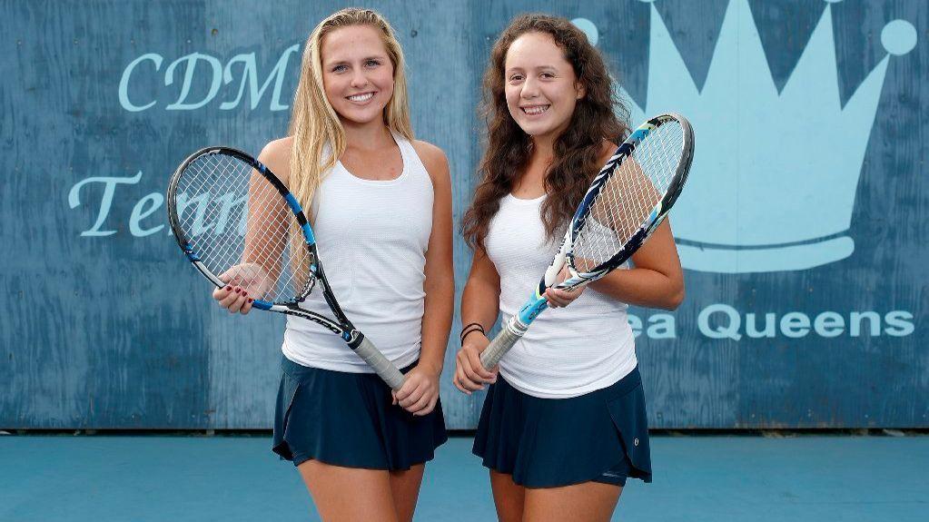 Corona del Mar girls' tennis players Shaya Northrup and Paulina Loredo