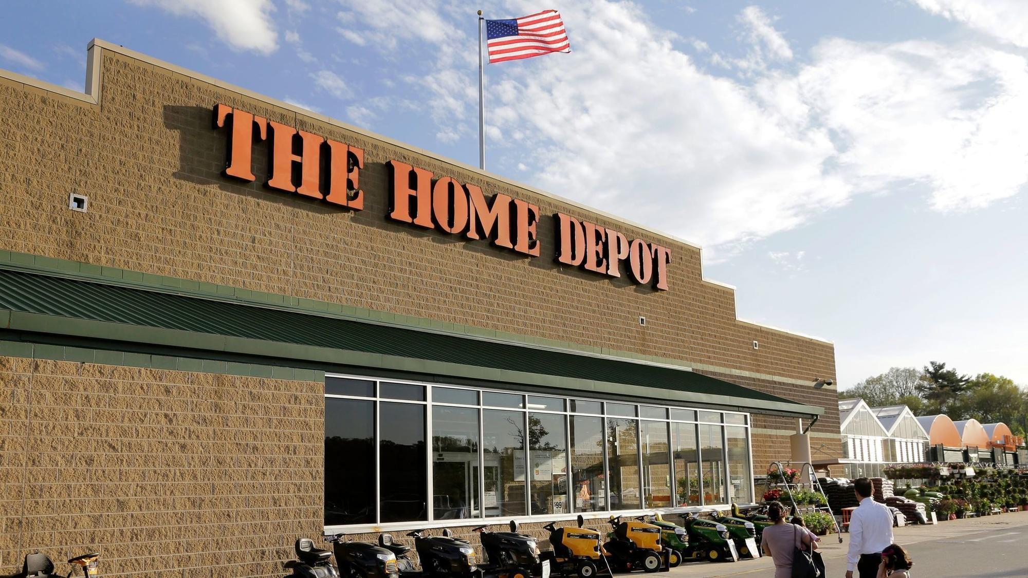 Home Depot s online push continues with purchase of The Company Store    Chicago Tribune. Home Depot s online push continues with purchase of The Company