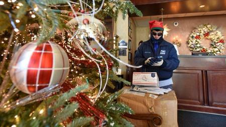 cyber monday bethlehem post office sees record breaking package delivery as christmas nears