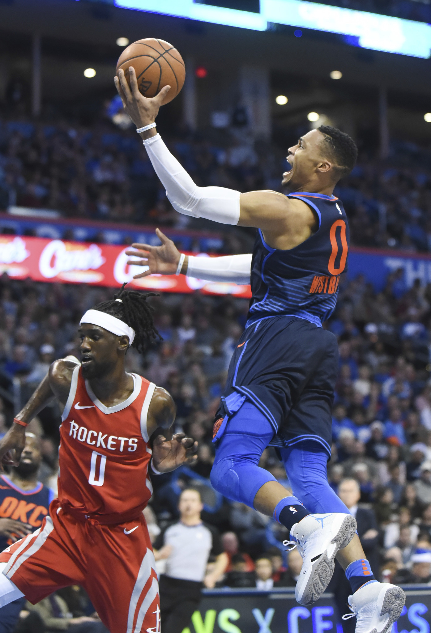 russell westbrook scores 31  okc keeps rolling with win