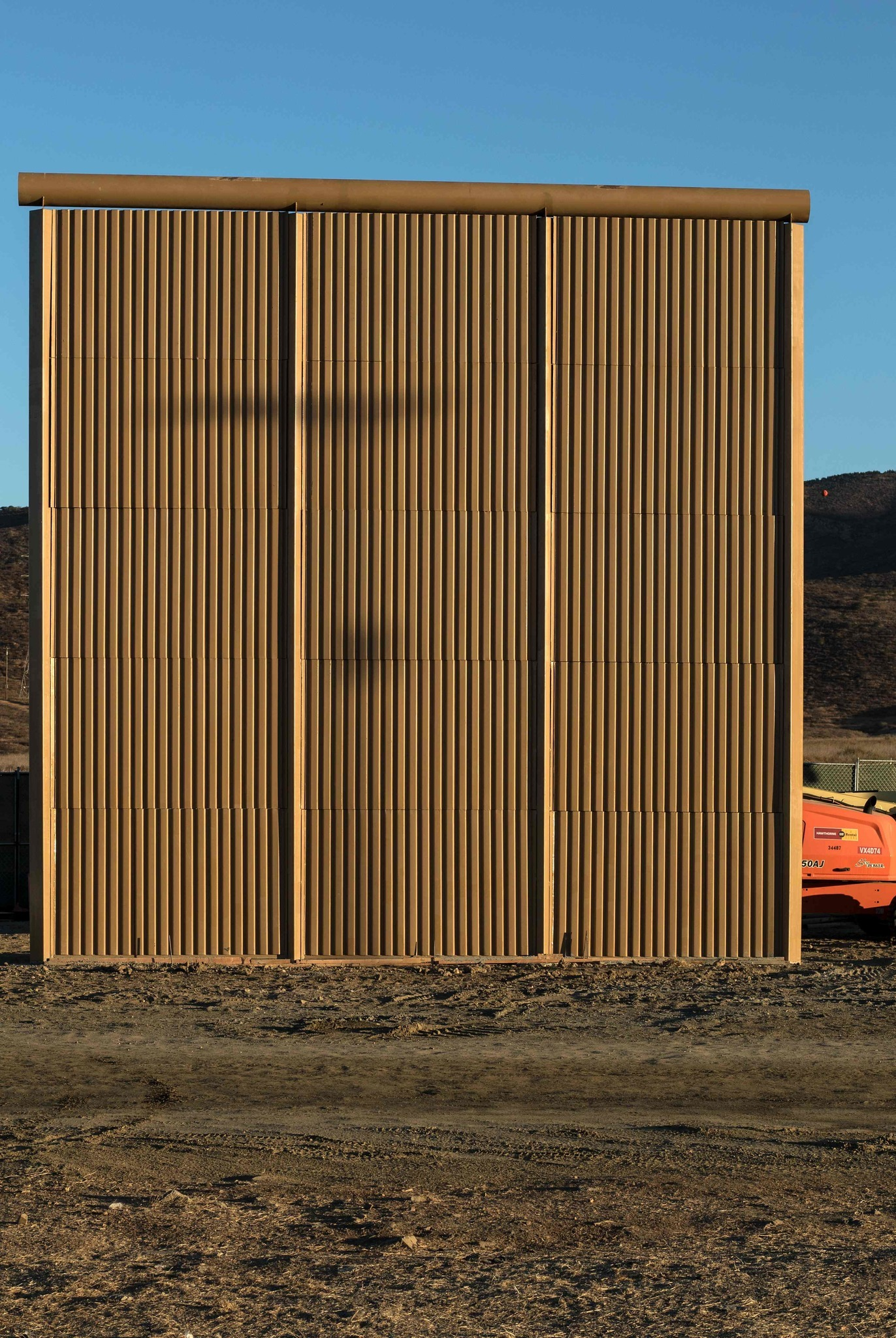 "border fence argument When charges of ""racism"" and ""xenophobia"" fail, democrats' fallback argument against president trump's proposed border wall is that it simply."