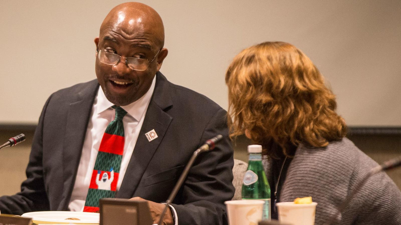San Francisco Unified School District Supt. Vincent Matthews gives a presentation on African American achievement and leadership. (Jessica Christian / San Francisco Examiner)