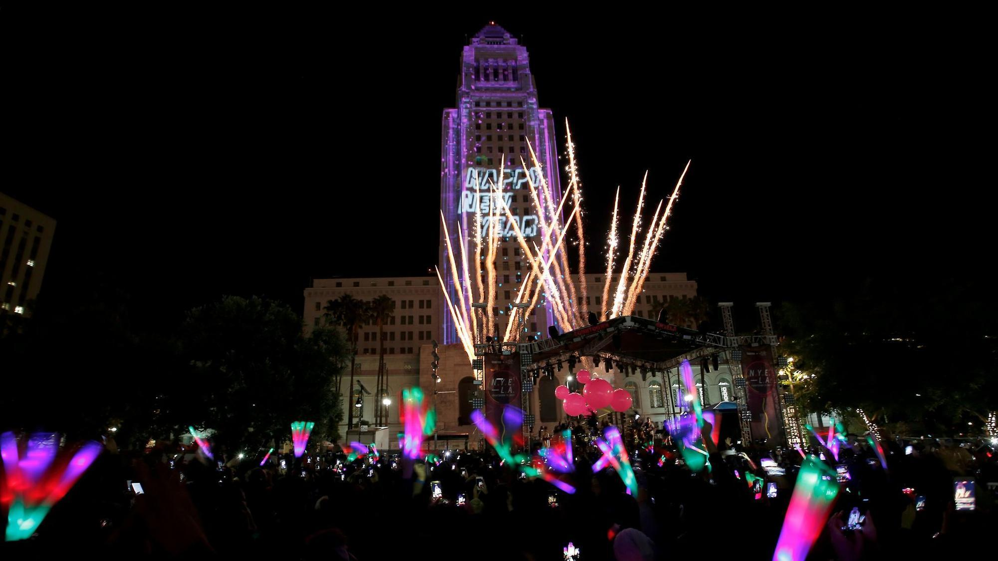 How to get around L.A. on New Year's Eve – without the surge prices - LA Times