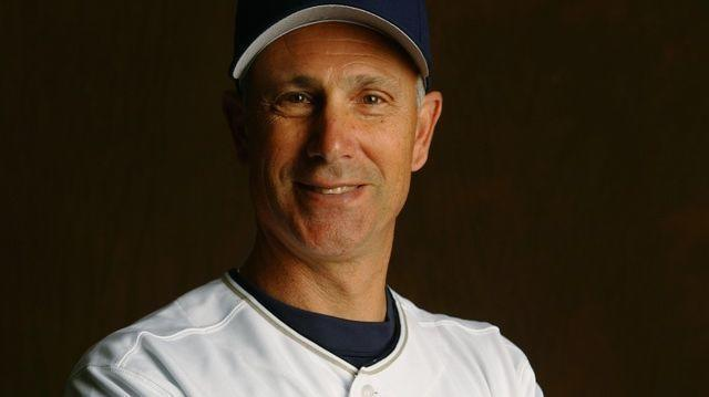 Sd-sp-long-time-padres-coach-rob-picciolo-dies-at-64-20180103