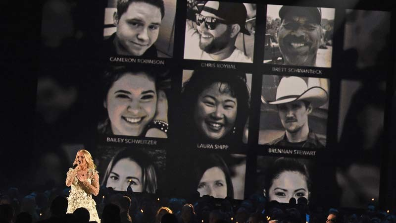 The 51st Annual CMA Awards honors Las Vegas massacre victims