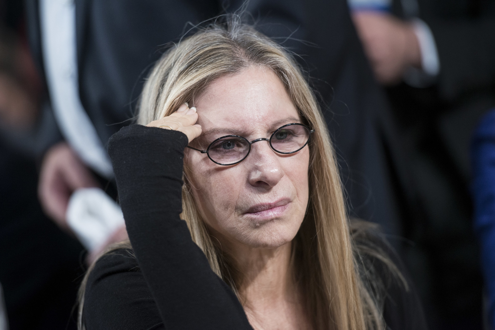 Barbra Streisand slams Globes for not giving award to women directors