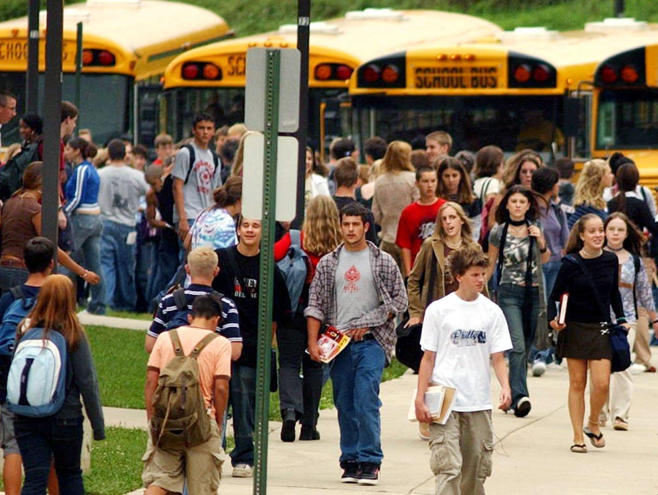 the benefits of starting school later Research links later school start times to benefits for teens  not all schools have seen measurable benefits from starting later st louis park high school, which was included in the u's.