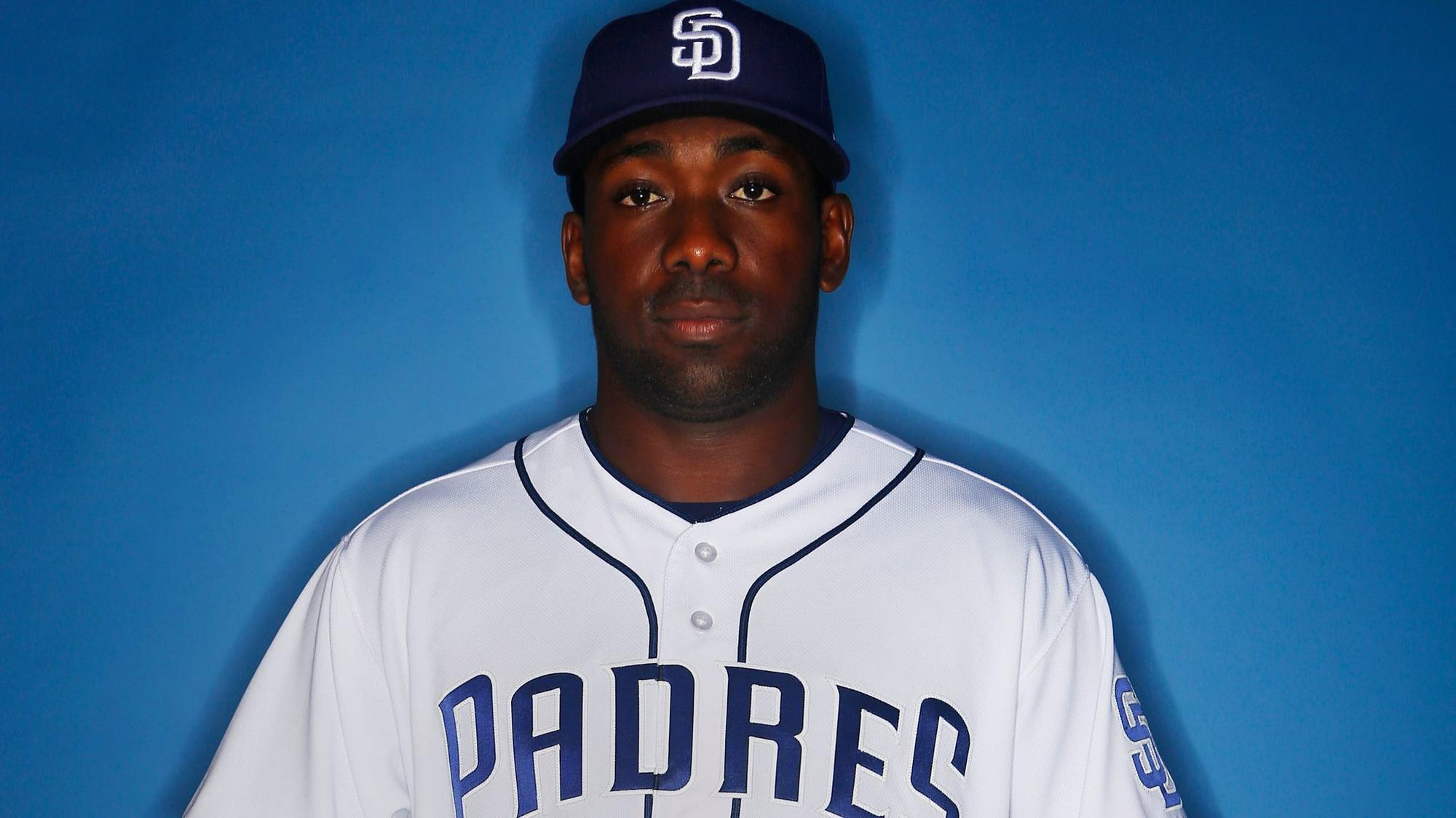 Sd-sp-padres-roster-review-jose-pirela-20180110