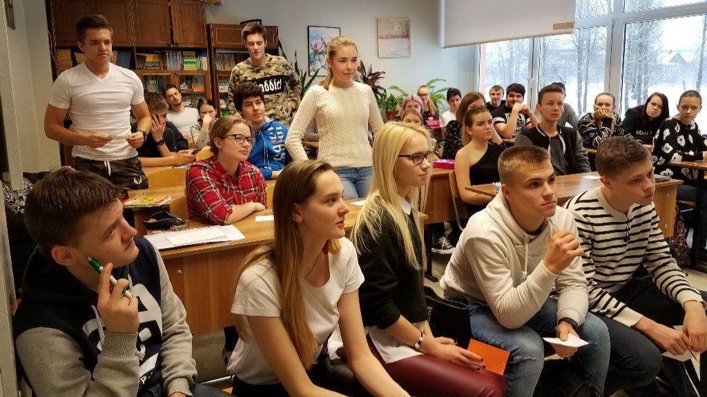 HCC nursing students teach HIV prevention to high school students in Narva, Estonia