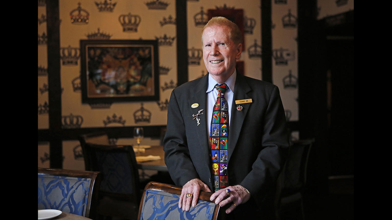 Five Crowns ambassador celebrates 50 years at Corona del Mar restaurant | The Los Angeles Times