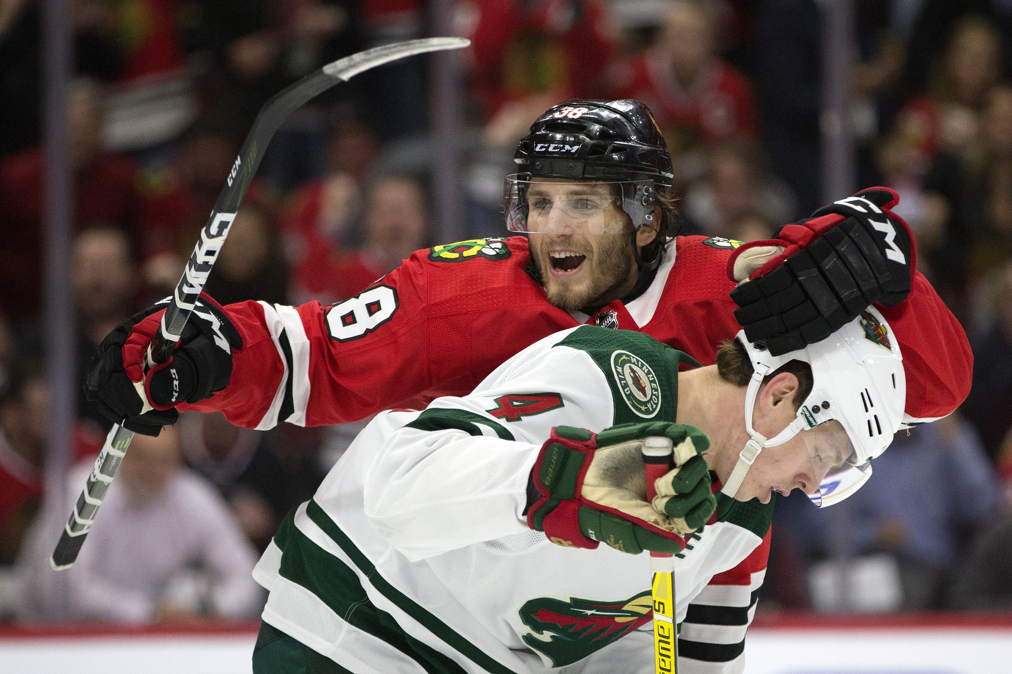 Ct-blackhawks-wild-photos-20180110