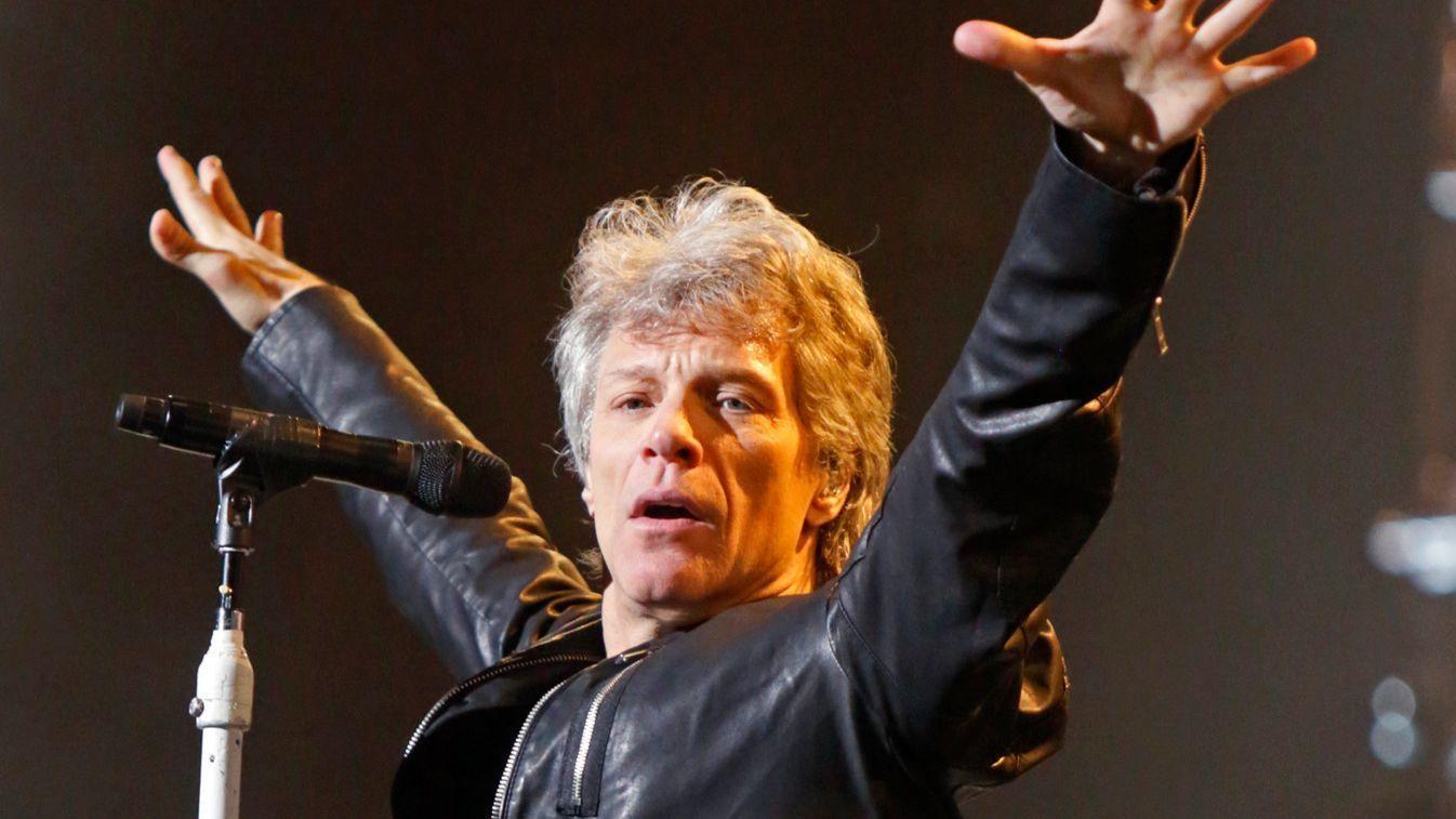 John Bon Jovi tour was the most profitable in 2013 12/16/2013 37