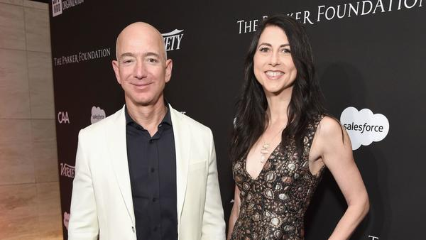 Jeff Bezos gives 'Dreamers' $33 million to pay for college