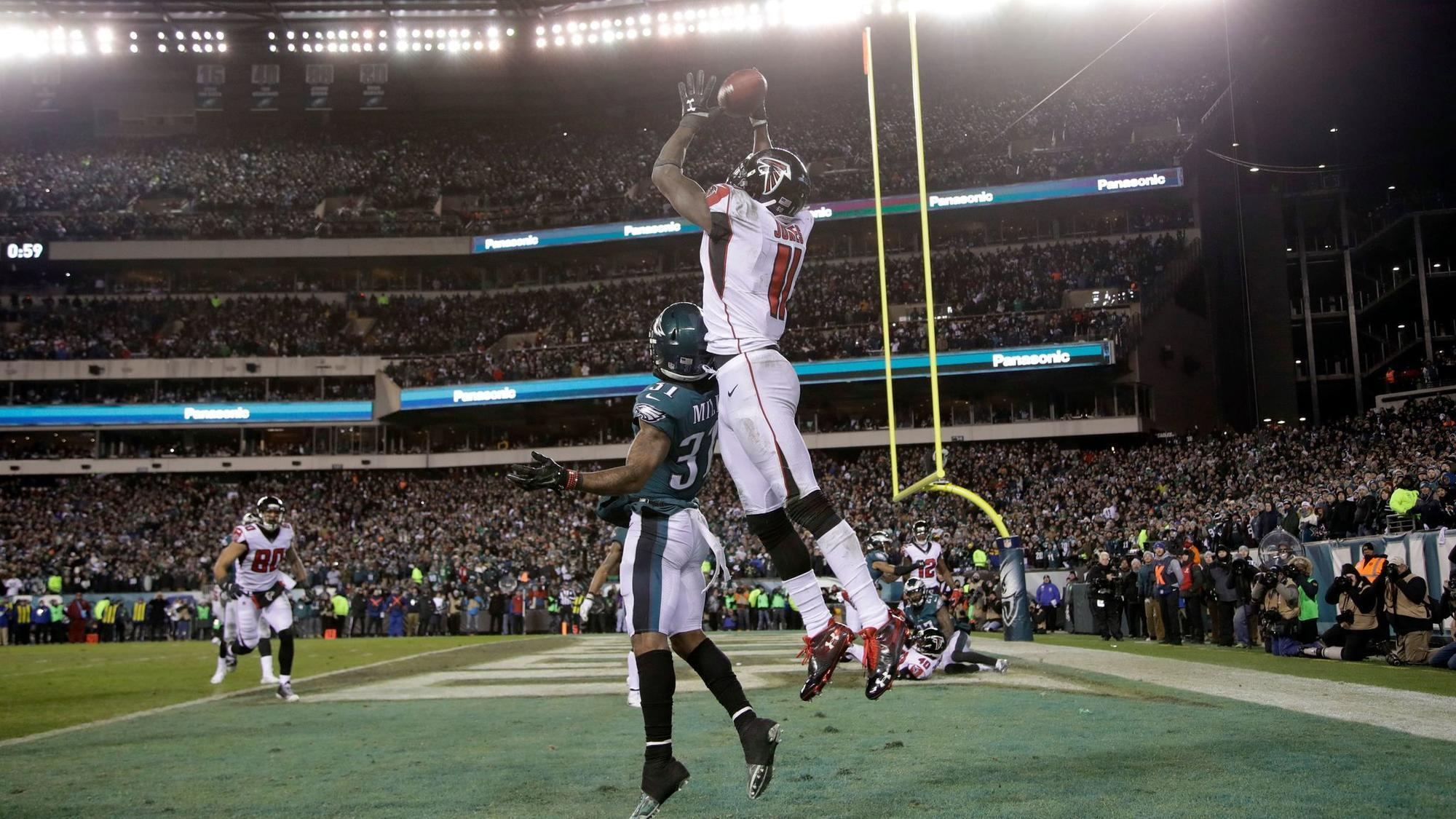 Image result for eagles vs falcons jones fourth down picture
