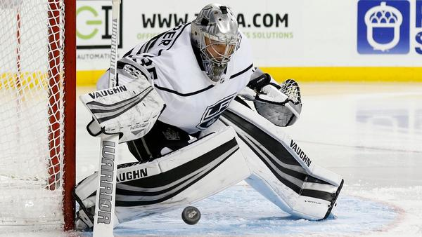 Kings Goalie Darcy Kuemper Deals With Backup Role Like A Pro