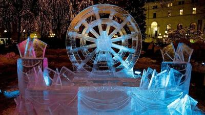 St. Paul, Minn., heats up with a winter carnival, plus more Midwest events and deals