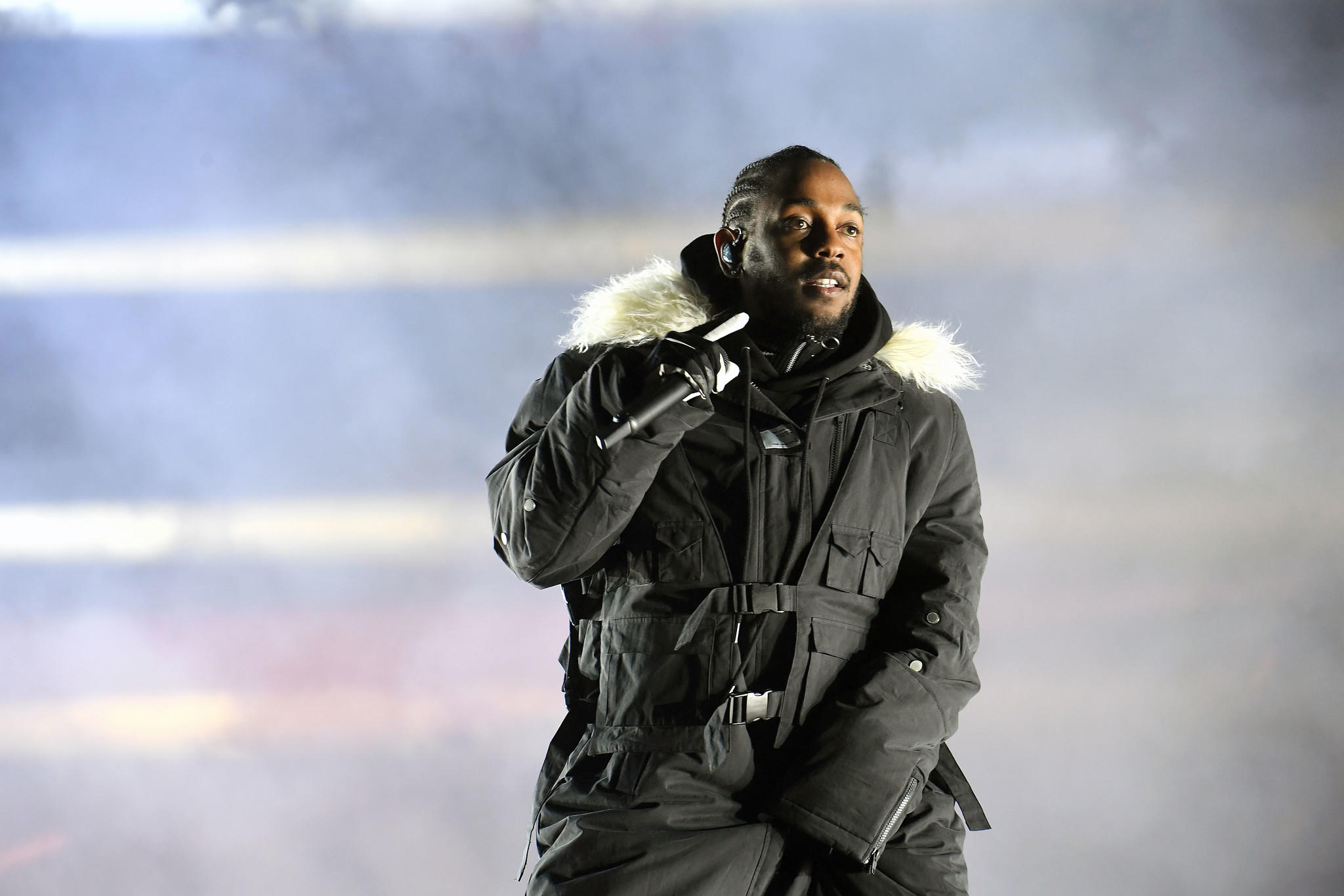 Kendrick Lamar will perform live at the Grammy Awards on Jan. 28. (Paras Griffin / Getty Images)