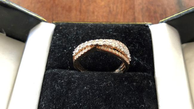 San Diego help find the owner of this wedding ring found in La