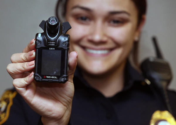 Body cameras for police are now the norm ... except for a few Central Florida holdouts