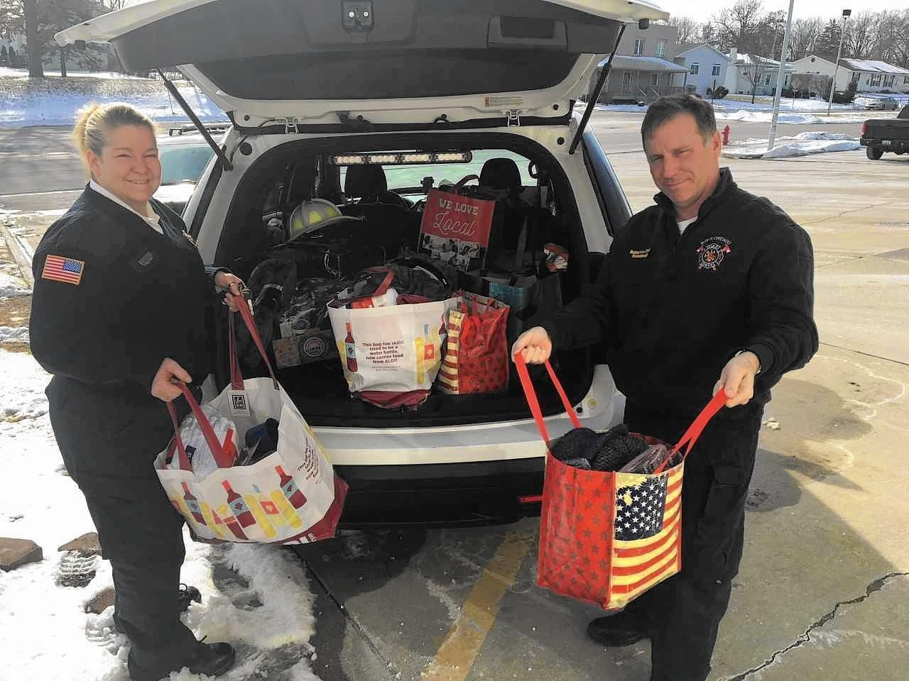 North Chicago fire chief heading to Women's March Chicago with donations for the homeless