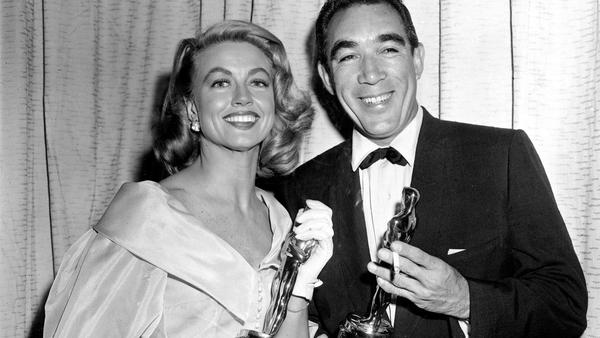 Oscar winner Dorothy Malone, mother on 'Peyton Place,' dies at 93