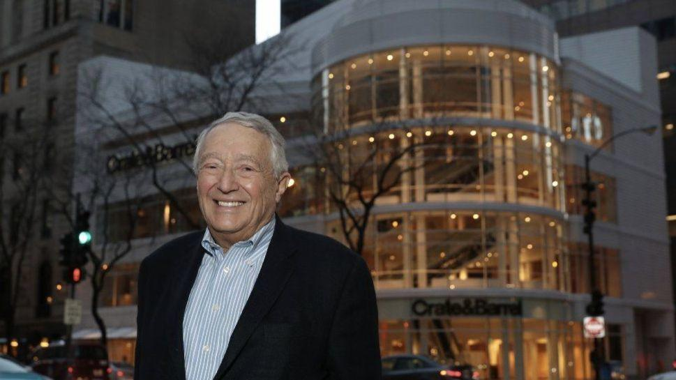 founder of crate barrel says goodbye to the michigan avenue flagship store he built chicago. Black Bedroom Furniture Sets. Home Design Ideas