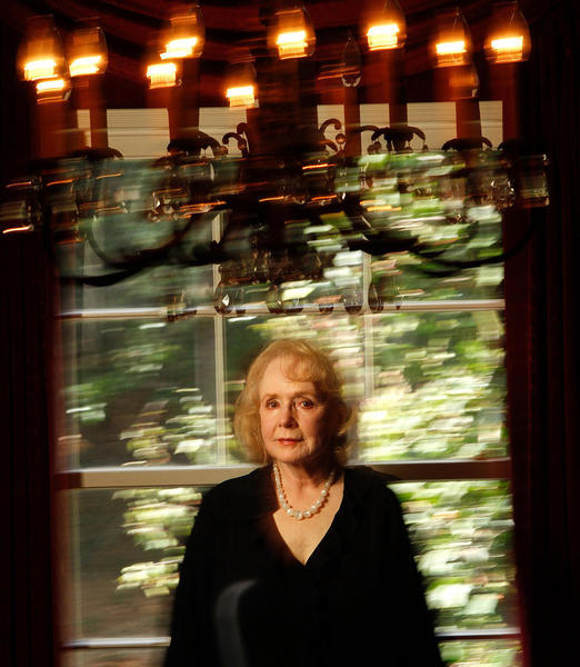 A Star Is Born: Piper Laurie turns 86 today