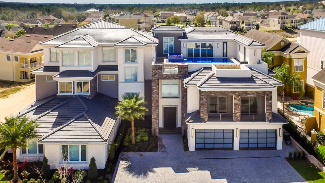 Vacation rental enters orlando 39 s top mansions scene the for Vacation mansions