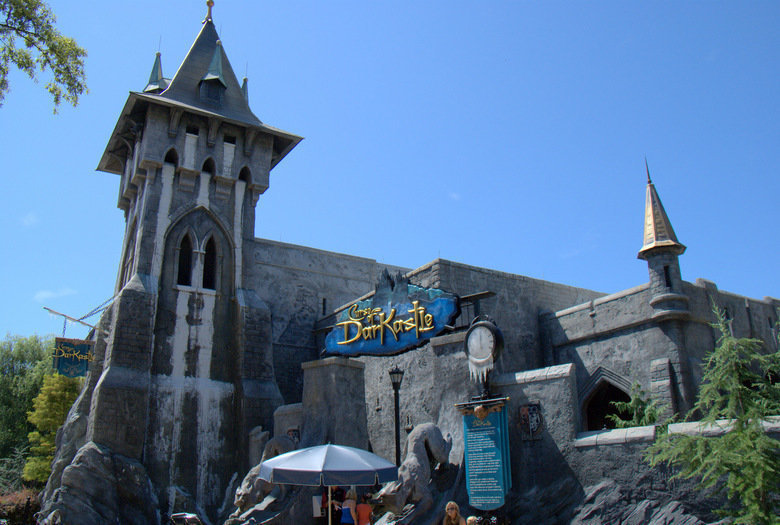 Busch Gardens Williamsburg Closing The Ride Curse Of Darkastle   Daily Press