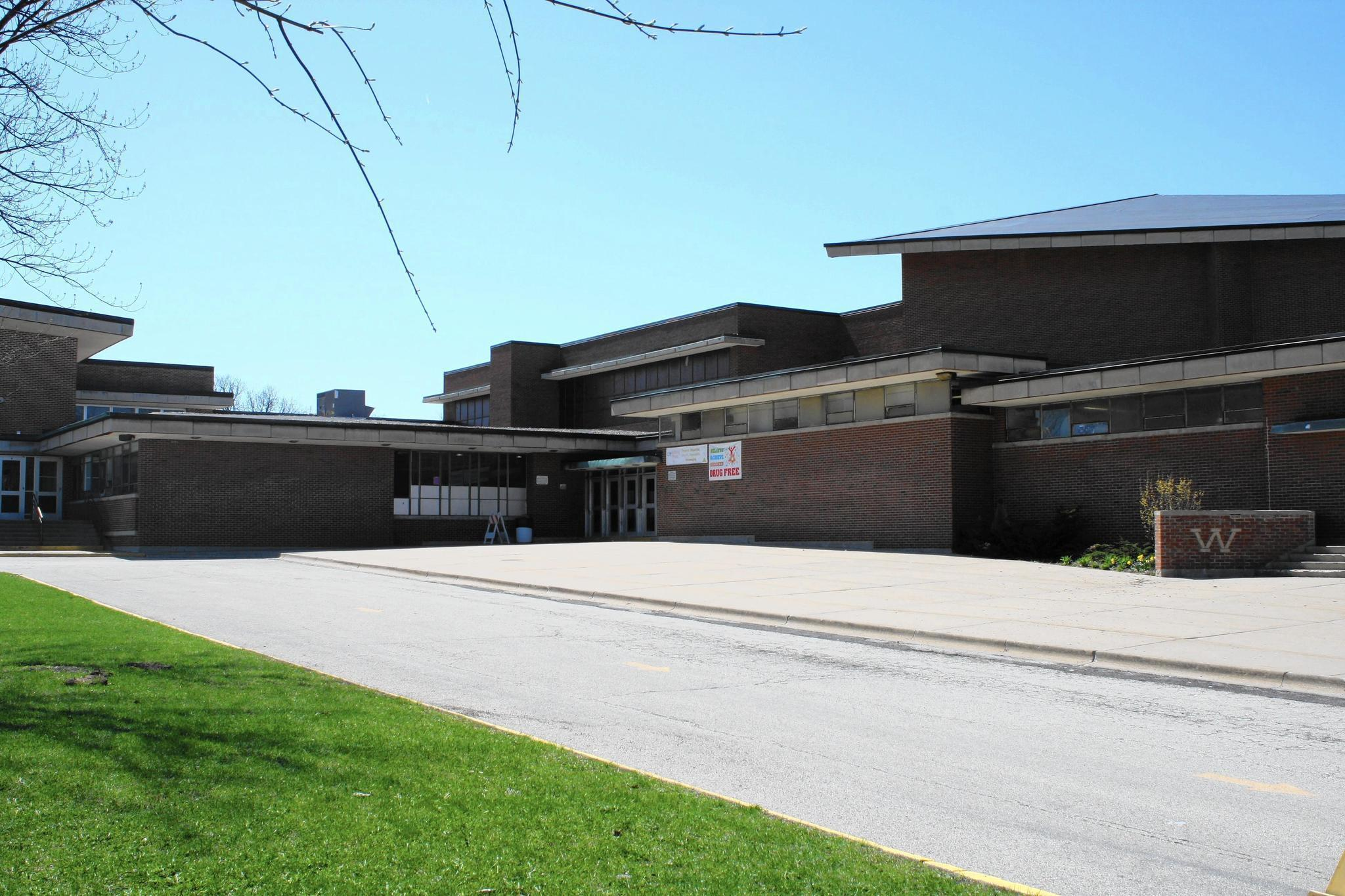 Large fight at high school, bullying incident in Waukegan ...