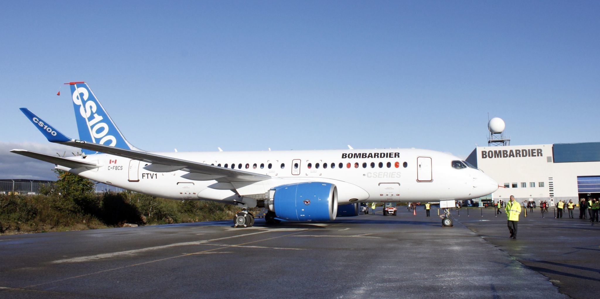 U.S trade panel sides with Bombardier, striking down 300 percent tariffs on Canadian-made jets, dealing blow to Boeing