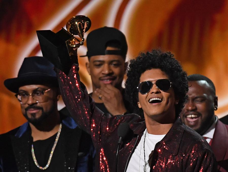 Bruno Mars wins album of the year at the 60th Grammy Awards. (Christopher Polk / Getty Images)