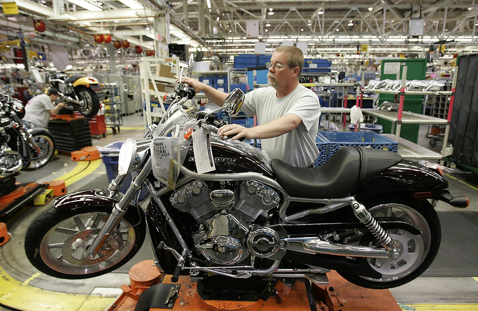 Harley Davidson Shuts Plant As Woes Worsen For Trump S Model