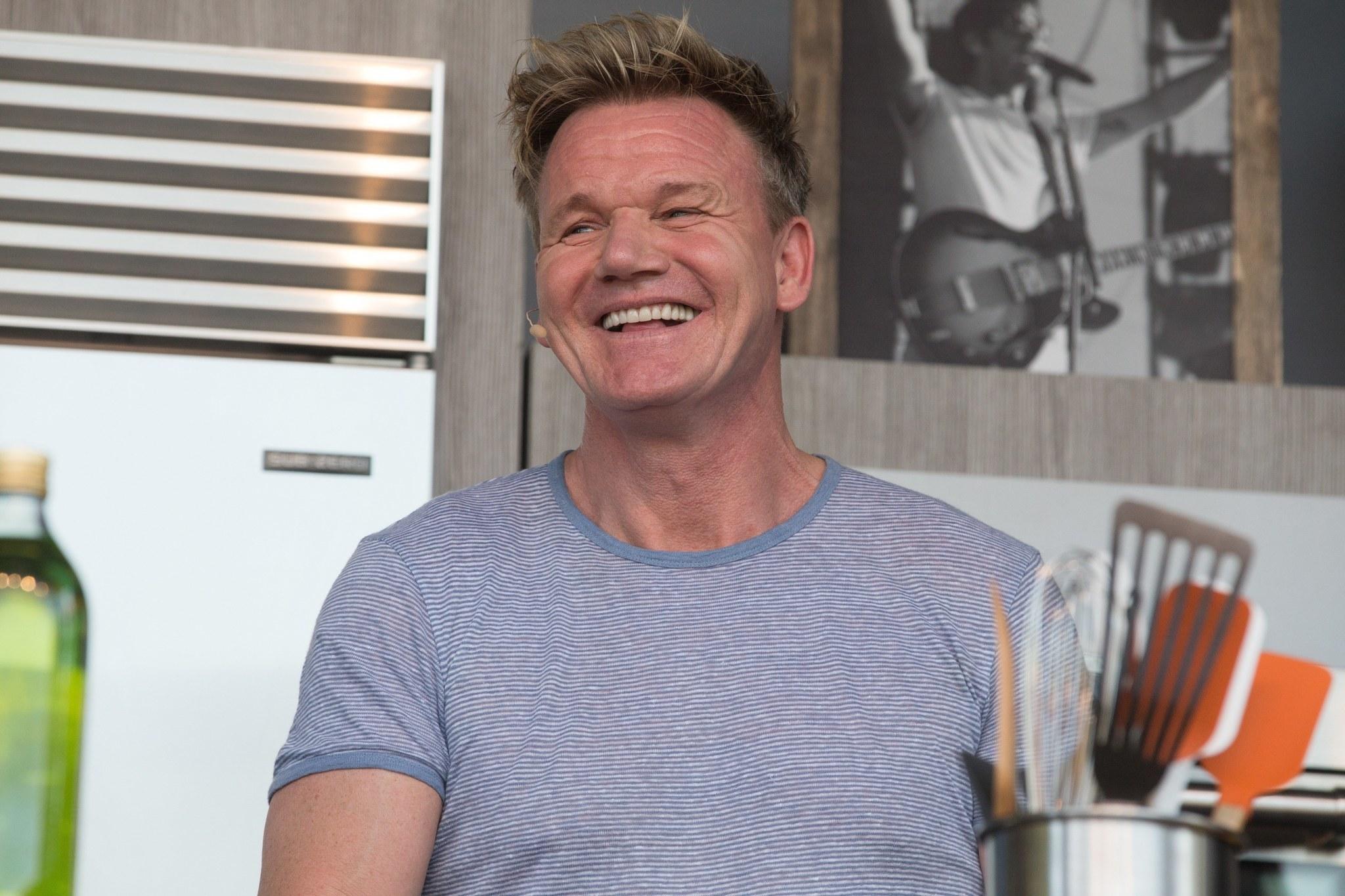 Gordon ramsay surprises 39 hell 39 s kitchen 39 winner christina for Gordon ramsay home kitchen