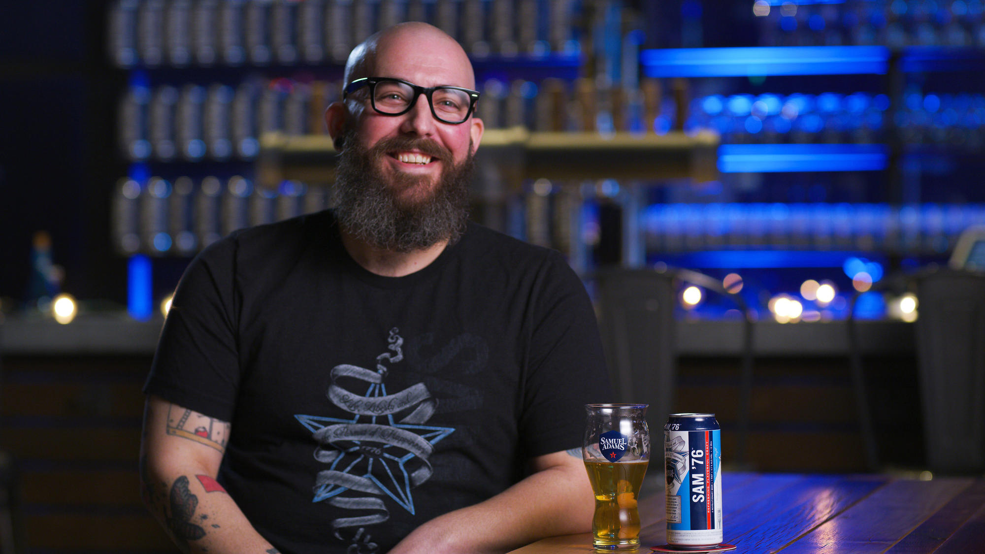 Boston Beer innovation brewer Rich Ferrell and the new Sam '76 ale-lager hybrid beer.