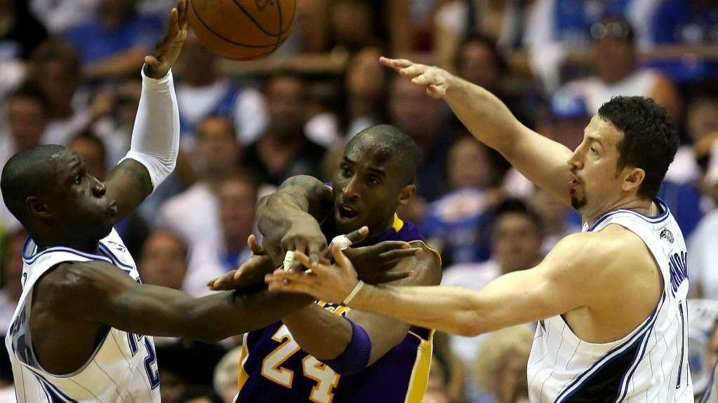 Os-sp-magic-lakers-mike-bianchi-0201