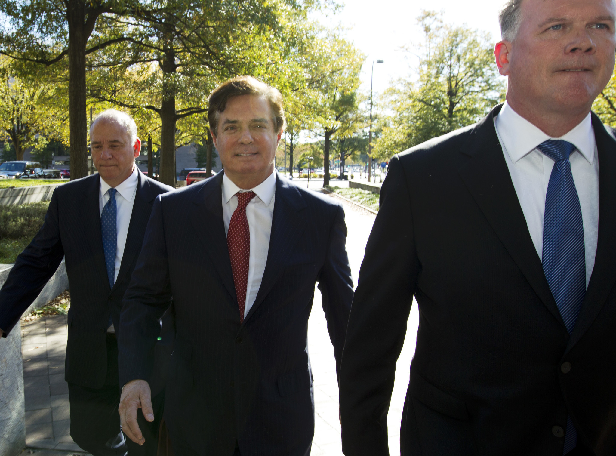 Manafort's co-defendant's attorneys leaving defense team in Mueller probe