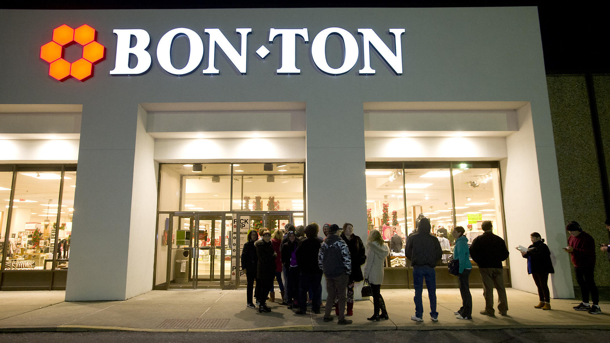 The Bon-Ton Stores began the decade by opening more stores, establishing a new division, Maxwell's, and acquiring Fowler's department store in New York. When Tim Grumbacher was made CEO in , the company operated 18 stores in four submafusro.mlarters: Merrillville, Indiana.