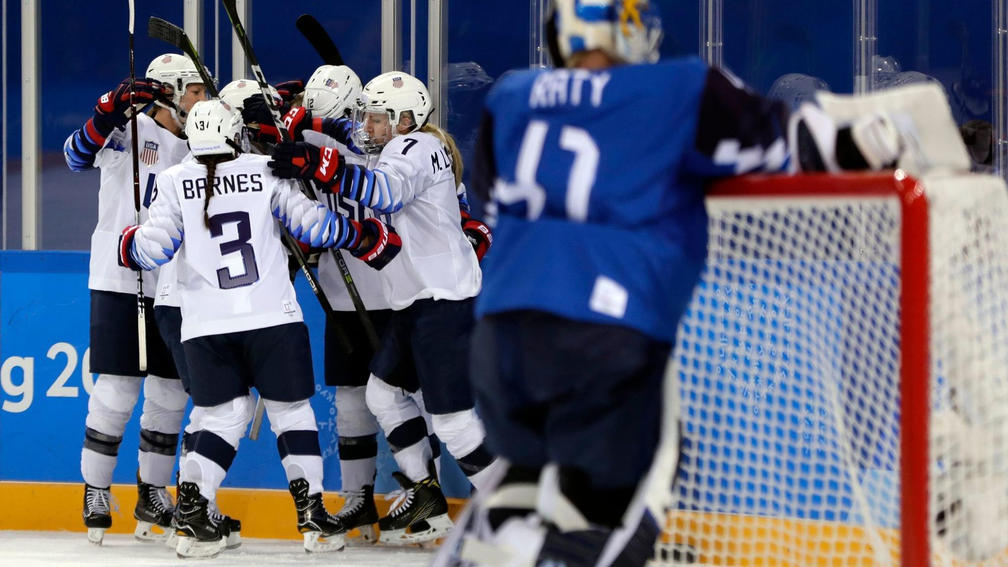 Palos Heights' Kendall Coyne scores go-ahead goal to lift U.S. over Finland in women's hockey