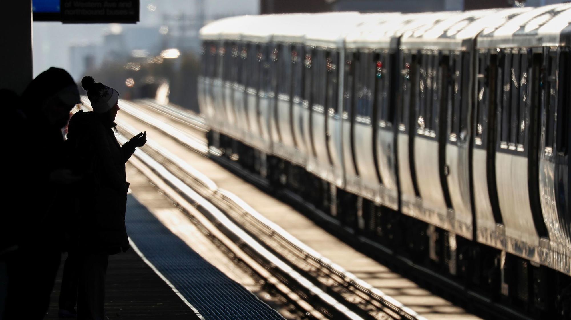 Cta Train Operators Others Would Get Raises Under Deal Between